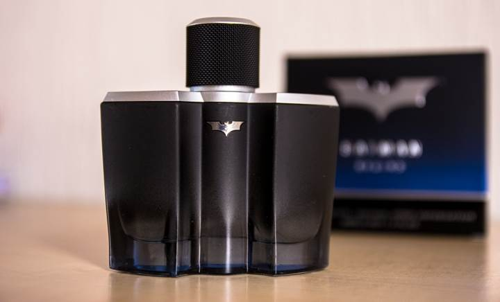 Batman Begins – The new dark fragrance for men_003