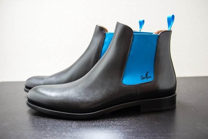 serfan chelsea boots bringt ein wenig farbe in den alltag m nner style. Black Bedroom Furniture Sets. Home Design Ideas
