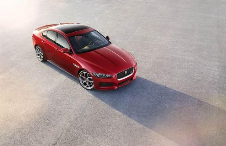Jaguar XE_001