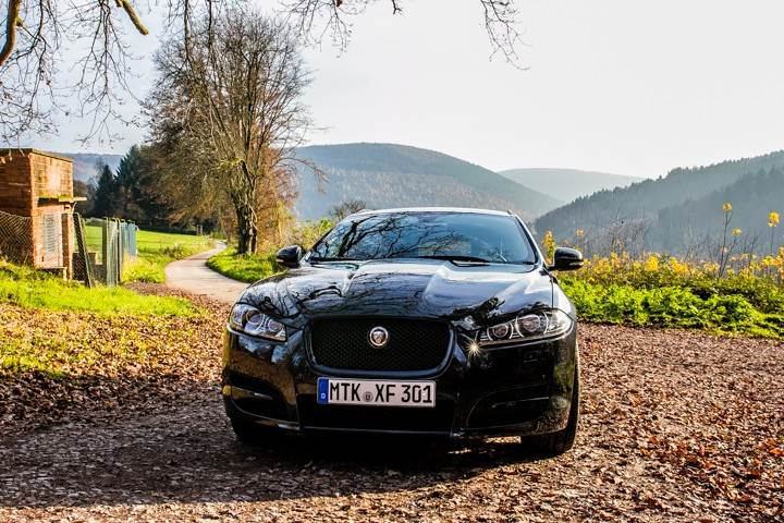 Jaguar XF Sportbreak_002