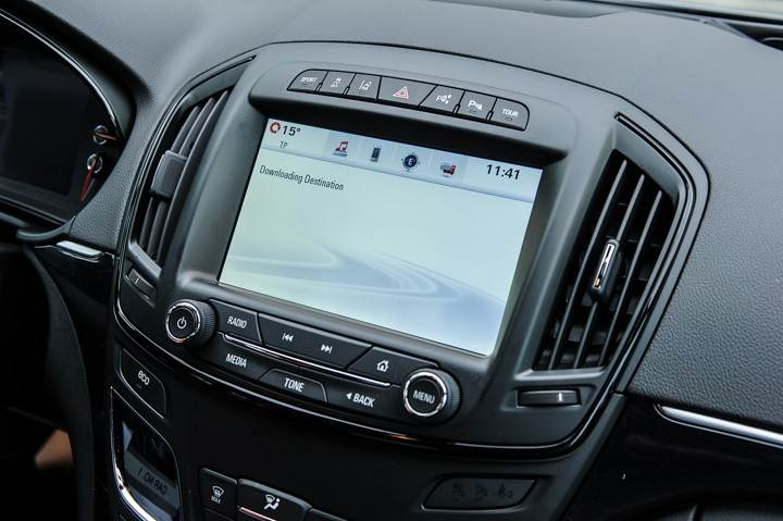Opel_OnStar_Connected_Car_014