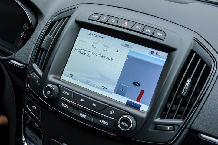 Opel_OnStar_Connected_Car_015