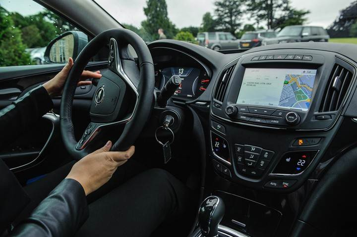 Opel_OnStar_Connected_Car_044