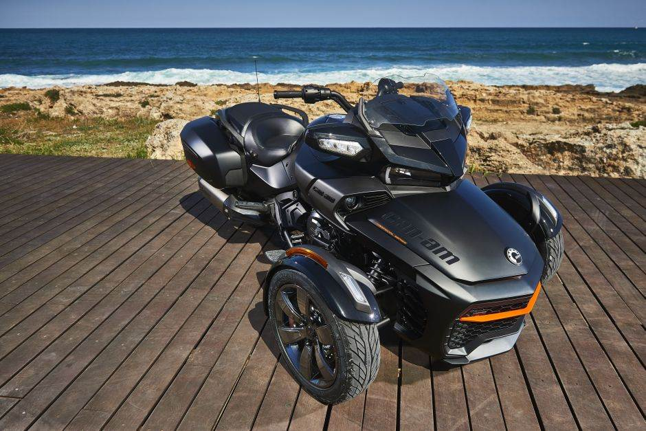 Can-Am Spyder F3 Limited - Special Series Triple Black
