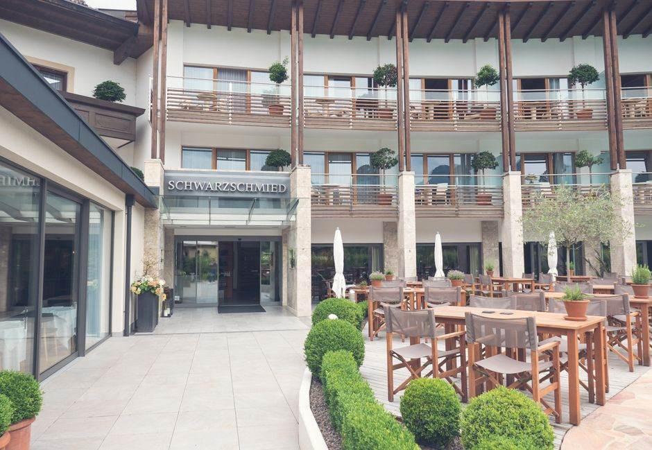 Hotel Schwarzschmied in Lana_001