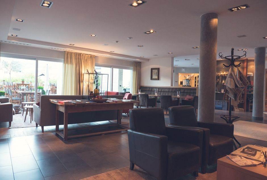 Hotel Schwarzschmied in Lana_004