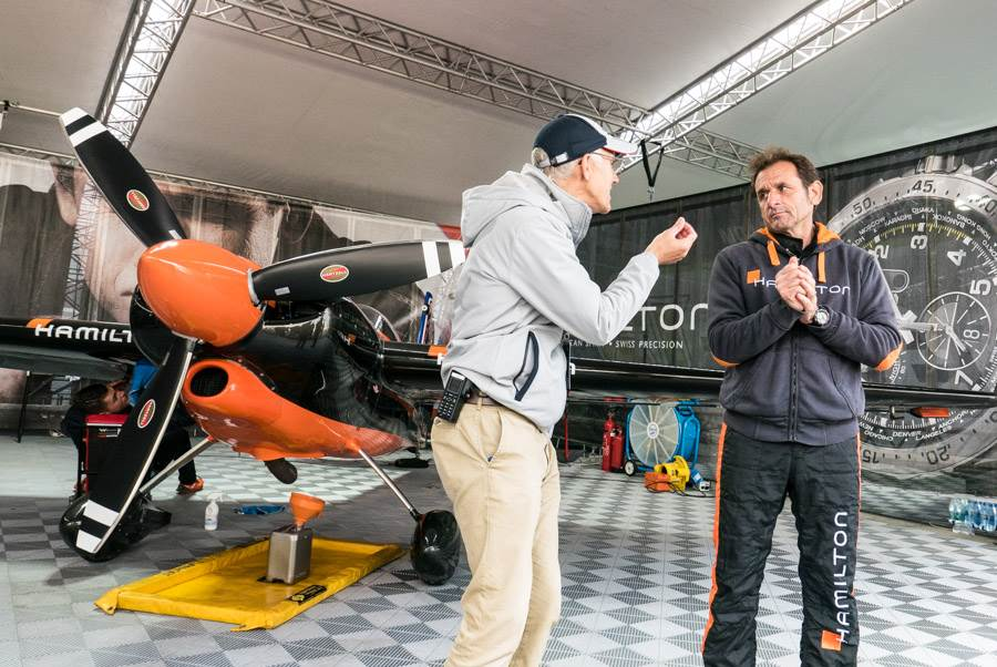 Red Bull Kühlschrank Dose Technische Daten : Abheben mit hamilton beim red bull air race am lausitzring